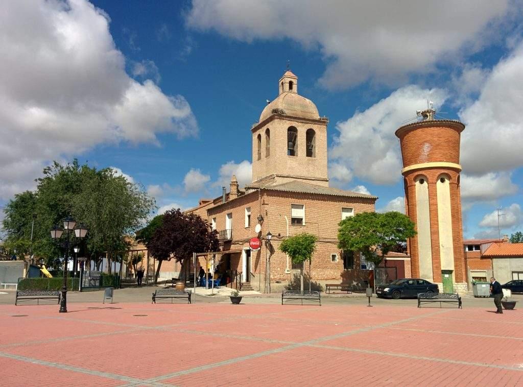 parroquia de santa maria del castillo nuevavilla de las torres