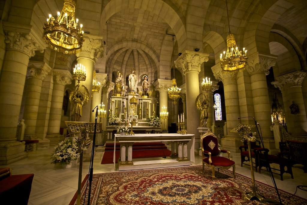 parroquia de santa maria la real de la almudena cripta madrid
