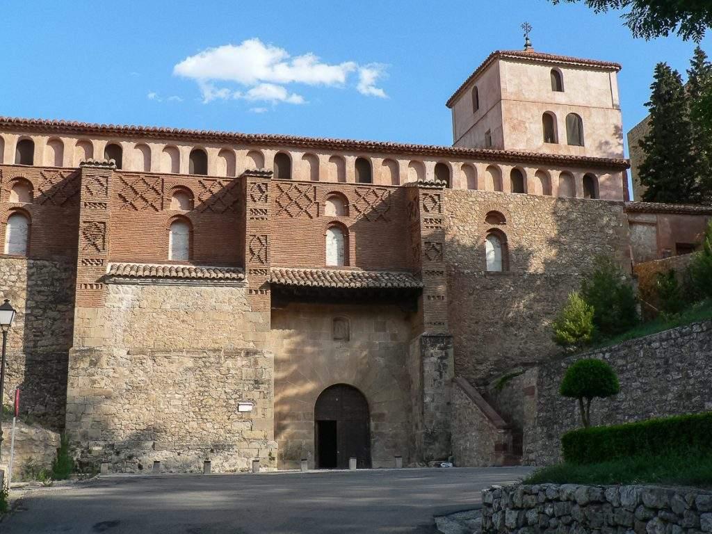 parroquia de santa maria y santiago albarracin