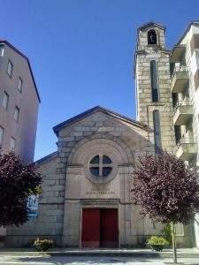 Parroquia de Santa Teresita (O Vinteún) (Ourense)