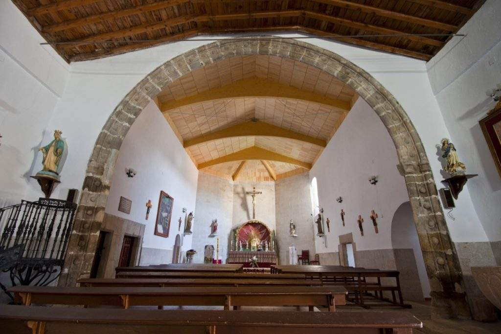 parroquia de santiago apostol belvis de monroy