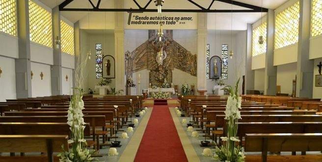 parroquia de santiago apostol de la gandara naron