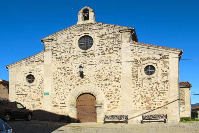 parroquia del espiritu santo casar de palomero