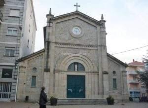 Parroquia del Sagrado Corazón (Carballeira) (Ourense)