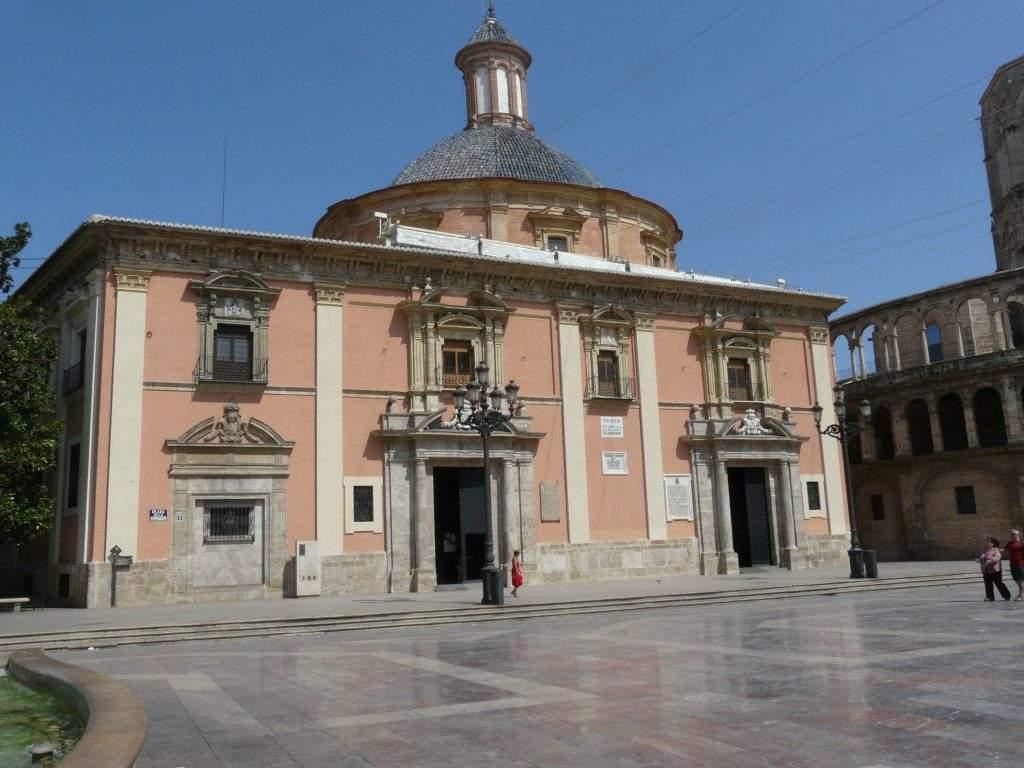 real basilica de nuestra senora de los desamparados valencia