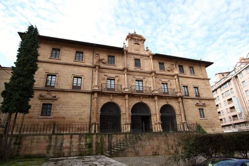 real monasterio de san pelayo benedictinas oviedo