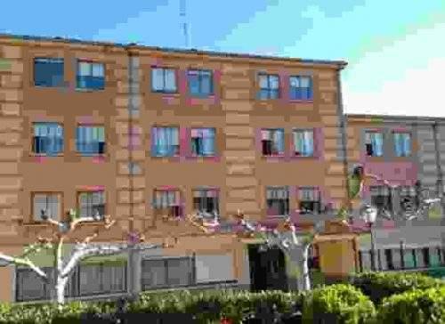 residencia de ancianos santiago y san marcos alba de tormes 1
