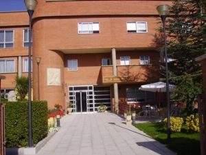 Residencia de Ancianos (Villalón de Campos)