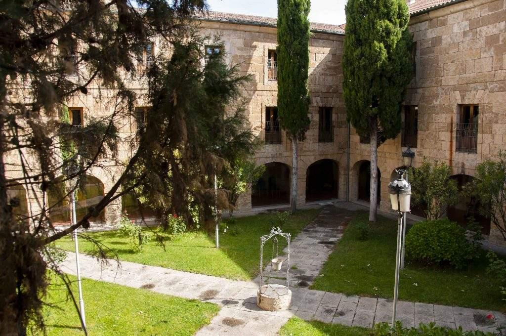residencia provincial ciudad rodrigo
