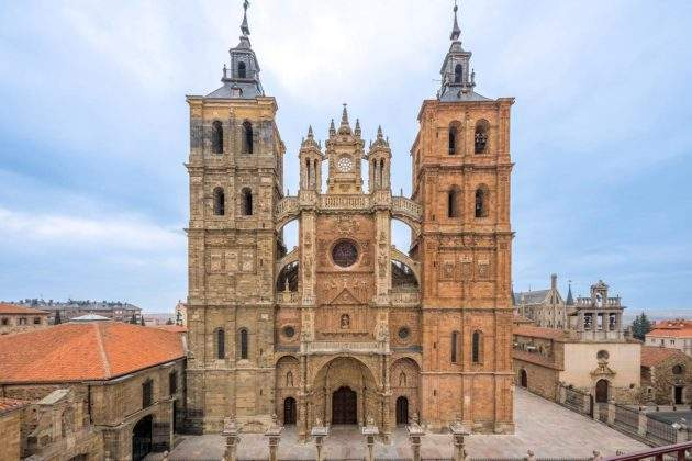 santa iglesia catedral astorga