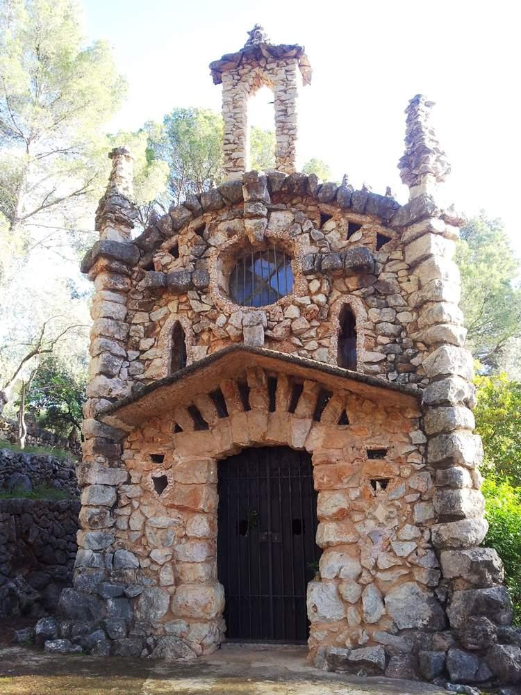 santuari de santa maria de solivar des fenas sa capelleta soller