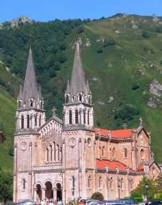 santuario de covadonga basilica covadonga