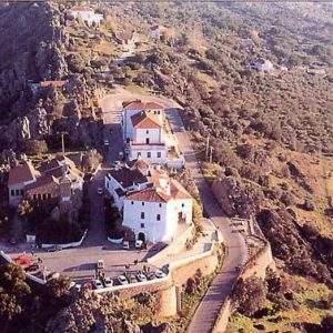 Santuario de Nuestra Señora de la Montaña (Cáceres)