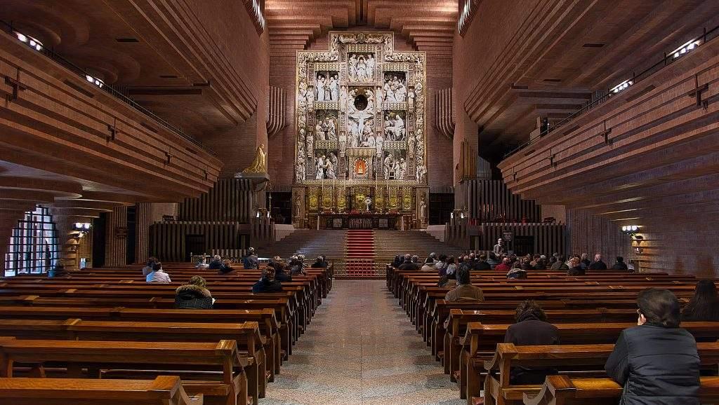 santuario de nuestra senora de los angeles de torreciudad torreciudad
